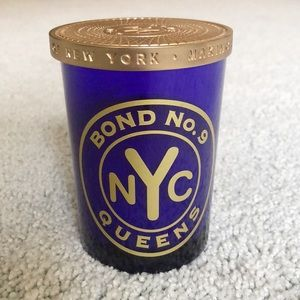 BOND NO.9 queens candle 3/4 full 6.4oz